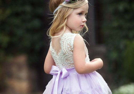 5 Ways To Make Your Flower Girl's Dress Stand Out