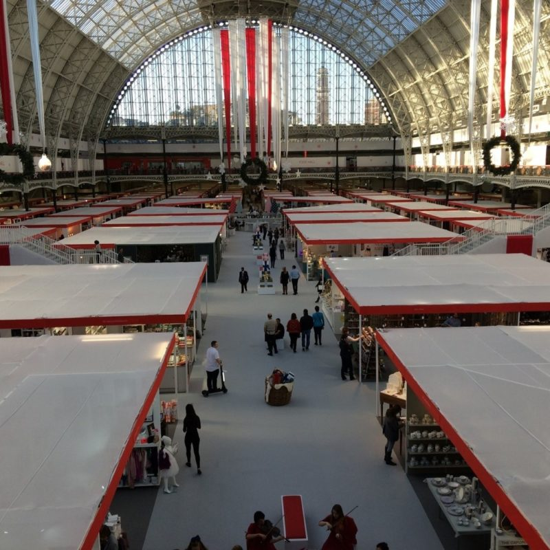 A List of Tried and Tested Ways to Stand Out at a Trade Show